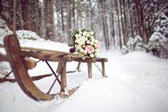 Chia und Mikes romantische Winterhochzeit