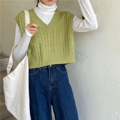 Windflower Cropped V-Neck Cable-Knit Vest Indie Outfits, Vest Outfits, Retro Outfits, Cute Casual Outfits, Vintage Outfits, Sweater Vest Outfit, Indie Clothes, Sweater Vests, Hijab Casual