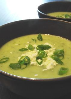 Courgettesoep met avocado Soup Recipes, Vegetarian Recipes, Dinner Recipes, Cooking Recipes, Healthy Recipes, Dinner Ideas, Paleo Soup, Healthy Soup, Homemade Soup