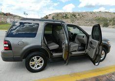 Flamante ford explorer 2006, 5p xlt v6 4x2, asientos en velure, rin 17, llantas nuevas, legalizada y emplacada, aire acondicionado, electrica, bolsas de aire frontales y laterales, cualquier prueba, economica en gasolina.
