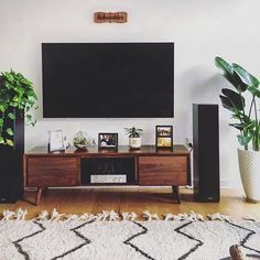 grey living room are available on our web pages. Read more and you will not be sorry you did. Living Pequeños, Living Room Tv, Living Room Furniture, Living Room Speakers, Living Room Decor Around Tv, Furniture Stores, Mid Century Modern Living Room, Living Room Modern, Walnut Tv Stand