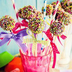 Love to Cook: Cake pops, τα σοκολατένια γλειφιτζούρια! - Page 3 of 3 - Missbloom.gr Cake Pops, Deserts, Sugar, Cooking, Food, Gourmet, Kitchen, Desserts, Cuisine