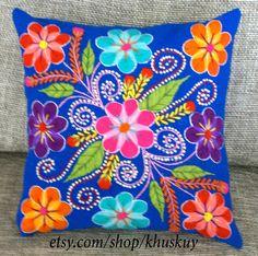 Cubiertas de la almohadilla peruano bordadas de lana de oveja y alpaca flores 16 x 16 azul persa hecho a mano