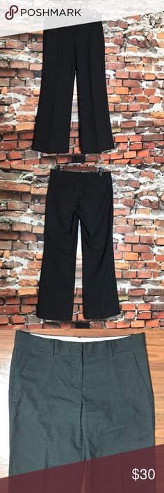 """Theory Pinstripe Pleated Boot Cut Dress Pants 8 Theory Black Pinstripe Flat Front Pleated Boot Cut Career Dress Pants SZ 8  *Excellent Used Condition!  Measurements: 32"""" Waist 31"""" Inseam 9"""" Rise Theory Pants Trousers"""