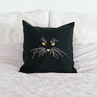 http://www.ohohblog.com/2013/10/cat-pillow.html