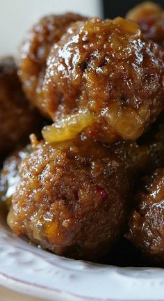 Crock Pot Pineapple Habanero Meatballs Best Crockpot Recipes, Crockpot Dishes, Slow Cooker Recipes, New Recipes, Vegetarian Recipes, Cooking Recipes, Crockpot Meals, Favorite Recipes, Spicy Meatballs
