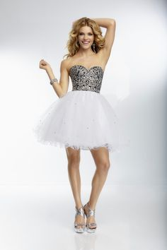 Sweetheart Short White Tulle A Line Cocktail/Homecoming Dress