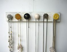 great DIY project. Door knob jewelery organizer