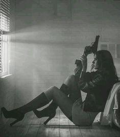 The Best Concealed Carry Guns For Women - Allgunslovers Badass Aesthetic, Bad Girl Aesthetic, Character Aesthetic, Tough Woman, Tough Girl, Freundin Tattoos, Gangster Girl, Foto Blog, Military Girl