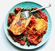 Chili, Pork, Meat, Tableware, Kitchen, Crazy Video, Recipes, Cilantro, Cucina