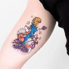 Pequeno Príncipe em aquarela do Thiago. Valeu pela escolha do desenho @thiiluiz já fazia um tempo q este meu projeto pra pele!!! ✌️ #tattooaquarela #aquarela #watercolor #pequenoprincipe #littleprince #tatuagem