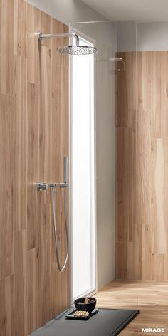 Colonna doccia in acciaio AXI di Samo, con mensola in legno | Keep ...