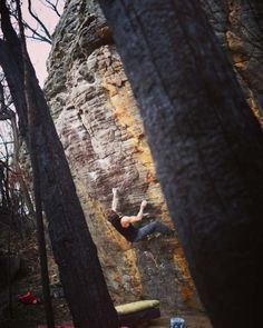"""www.boulderingonline.pl Rock climbing and bouldering pictures and news """"Desperate Measures"""""""