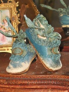 468541d6c0ff Early Couturier Poupee Slippers from 1858 60 era Poupee like Huret  Антикварные Куклы, Винтажные
