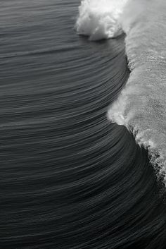 black & white wave. #water #theocean