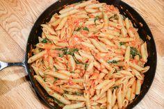 Krämig tomat och spenat pasta   Bambi