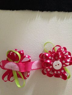 Velcro bows for baby girl.
