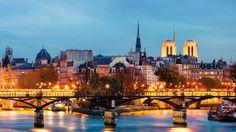 Passear e jantar no Sena: o mais romântico de Paris!