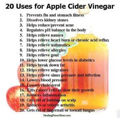 20 Uses for Apple Cider Vinegar. My husband is English.this is his favorite health ingredient! Vinegar has been used for centuries for various cooking and household purposes. And the most popular of all the vinegar types is apple cider vinegar. Braggs Apple Cider, Apple Cider Vinegar Remedies, Apple Cider Vinegar For Skin, Apple Cider Vinegar Benefits, Apple Benefits, Natural Cures, Natural Health, Natural Skin, Natural Detox