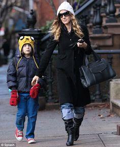women mom style beanie - Sök på Google