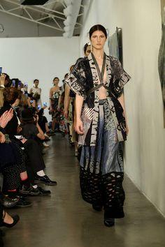Tramando - Pasarela Moda Kimono, Kimono Top, Get Up, Kimono Fashion, Designer Collection, Fashion Show, Runway, Sari, Holiday Gifts
