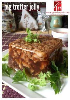 Chinese Chaozhou Appetizer: Pig Trotter Jelly aka Ter Ka Tang (潮汕冷盘:猪脚冻) Asian Appetizers, Appetizer Recipes, Pork Leg, Chinese Pork, Polish Recipes, Polish Food, Braised Pork, Jelly Recipes, Trotter