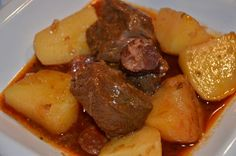Ingredients: (The ingredients in bold are available in the webshop. Portuguese Recipes, Goulash, Pot Roast, Stew, Curry, Food And Drink, Pork, Appetizers, Cooking
