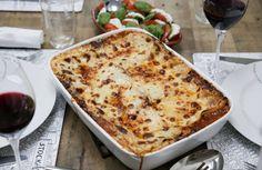Lasagne – Mitt godaste recept!   Fredriks fika - Allas.se Beef Stroganoff, Chicken Broccoli, Fika, Macaroni And Cheese, Slow Cooker, Ethnic Recipes, Drinks, Disney, Pastor