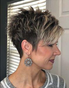 Short Hair Older Women, Pixie Haircut For Thick Hair, Short Choppy Hair, Funky Short Hair, Short Thin Hair, Short Grey Hair, Short Hair With Layers, Cute Hairstyles For Short Hair, Pixie Hairstyles