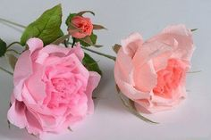 Rose of corrugated paper