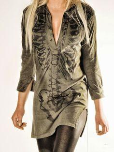 Skeleton shirt dress - This looks comfortable and easy to wear. I like the olive color! Alternative Mode, Alternative Fashion, Moda Punk, Estilo Dark, Skeleton Shirt, Skeleton Dress, Facon, Dark Fashion, Visual Kei