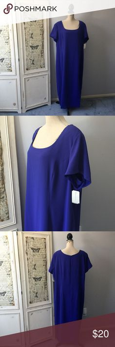 """Worthington Woman dress Sz 24W NWT Worthington Woman dress Sz 24W NWT. Fully lined. Back zip.  Official color on tag is electric blue (it's a blue violet color - purple is hard to photograph.)  Washable. 100% polyester. Measures 54"""". Bust approx 50"""", waist approx. 48"""". hips approx. 56""""  #lisamariesvibe #worthington #curvydiva #plussize #weartowork #occasion #24W #nwt #blueviolet Worthington Dresses"""