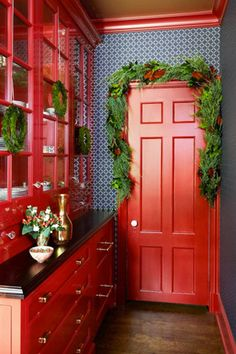 Red Paint Color for Kitchen Wall. Red Paint Color for Kitchen Wall. Kitchen Wall Colors Red Paint Colours 45 Ideas for 2019 Red Kitchen Decor, Kitchen Design, Kitchen Ideas, Kitchen Trends, Red Kitchen Cabinets, Red Home Decor, Kitchen Walls, Kitchen Paint, White Cabinets