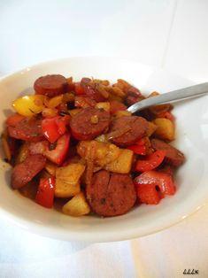 Gebakken aardappel met paprika en rookworst