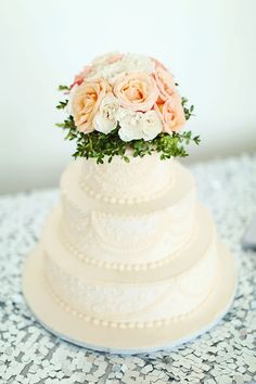 Sweet and Lacey wedding cake