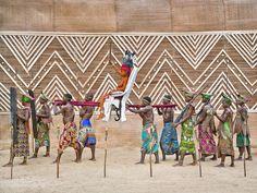 © Patrick Willocq. Walé Oyombé, nkúmu. Courtesy of the artist.