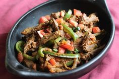 Kebda, or liver, is a popular breakfast food in Yemen. This version uses common ingredients, like onion, bell pepper and tomatoes. I used sheep liver, but you can also substitute with goat or beef if you like. Yemeni Food, Liver Recipes, National Dish, Meat Chickens, The Dish, Kung Pao Chicken, Breakfast Recipes, Good Food, Stuffed Peppers