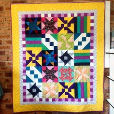 This is a quilt made from left over blocks from our quilt block tutorials. I made this for one of my grandaughters, Quilting For Beginners, Quilting Tutorials, Quilting Projects, Quilting Designs, Sewing Tutorials, Jellyroll Quilts, Easy Quilts, Diy Sewing Projects, Sewing Projects For Beginners