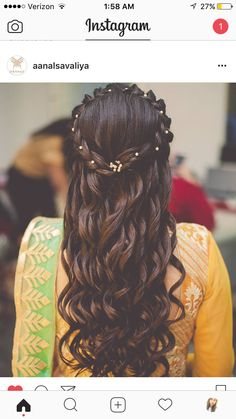 These latest open hairstyles are the best for the pre and post-wedding functions. Most of the people get confused when it comes to styling their open hair. We spotted some open hairstyles wore by. Open Hairstyles, Bride Hairstyles, Hairstyles Haircuts, Indian Hairstyles, Hairstyle Ideas, Bridesmade Hairstyles, Amazing Hairstyles, Simple Hairstyles, Easy Hairstyle
