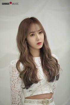 "Gfriend-SinB ""season of Gfriend Encore"" behind the scenes Kpop Hair Color, Korean Hair Color, Kpop Girl Groups, Korean Girl Groups, Kpop Girls, Extended Play, Sinb Gfriend, Gfriend Album, Entertainment"