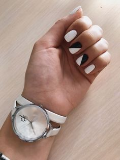 simple black and white nail art