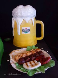 cake Pint Of Beer, I Foods, Food And Drink, Cakes, Drinks, Heineken, Drinking, Beverages, Cake Makers