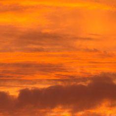 Fire Sky Dorset. #ukcoastwalkPhoto: Quintin Lake www.theperimeter.uk