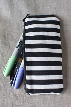 DIY: glasses / pencil case