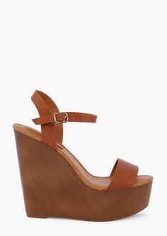 Wedge Perfection! Click to see more boho fashions.