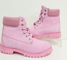 Timberland Boots, an American Icon ~ Fashion & Style Timberland Boots Outfit, Ugg Boots, Shoe Boots, Cute Ankle Boots, Cute Shoes, Timberland Waterproof Boots, Yellow Boots, Shoe Company, Boot Brands