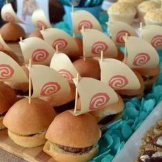 Polynesian Burgers Moana Party (427x640).jpg (500×500)