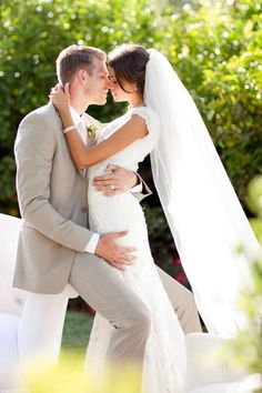 Creative wedding photo ideas//or an engagement pose if your wedding dress is too full for the sleek effect