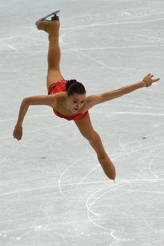 Adelina Sotnikova - Short Program - Sochi 2014