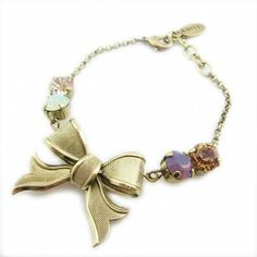 【ABISTE】リボンブレスレット/ゴールドhttp://www.myjewelbox.abiste.jp/products/detail12734.html